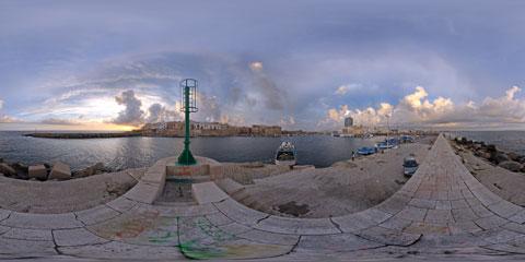 Gallipoli, panoramica VR a 360° dell'antico porto di Gallipoli