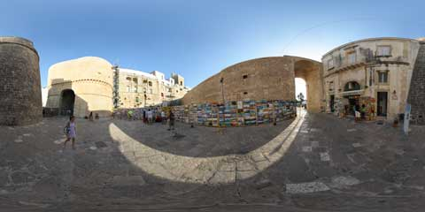 Otranto panoramica a 360° in piazza Portaterra