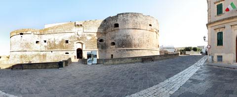 Foto panoramica del Castello Aragonese di Otranto